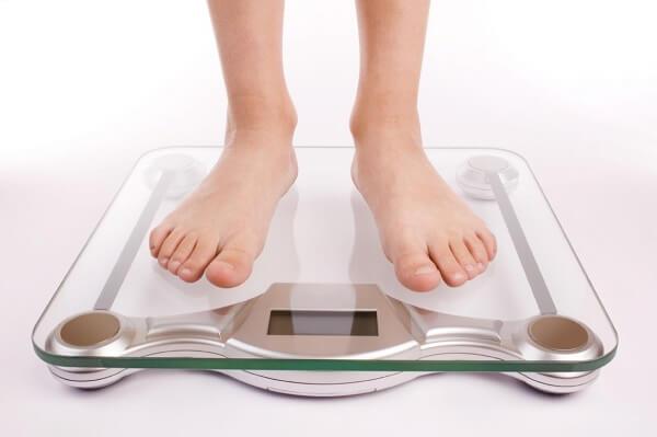 giúp bé tăng cân