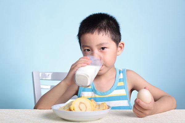 Sữa tăng cân cho bé hot 2019 - trẻ hấp thu kém cũng tăng cân vù vù!
