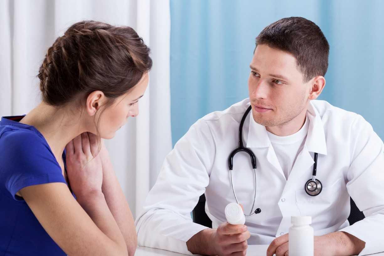 Tham khảo ý kiến bác sĩ khi dùng thuốc