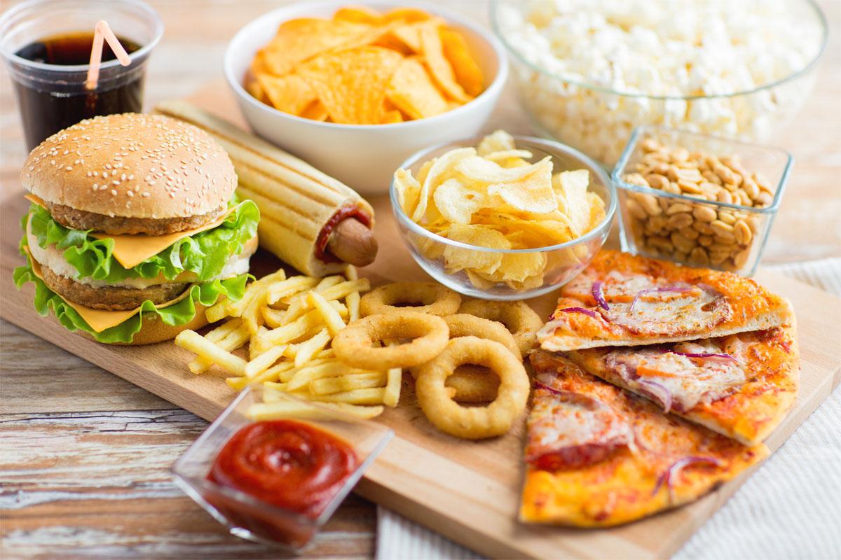 Chế độ ăn uống của mẹ không hợp lý khiến trẻ sơ sinh không đi ngoài