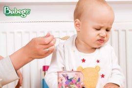 Trẻ biếng ăn hay ngậm