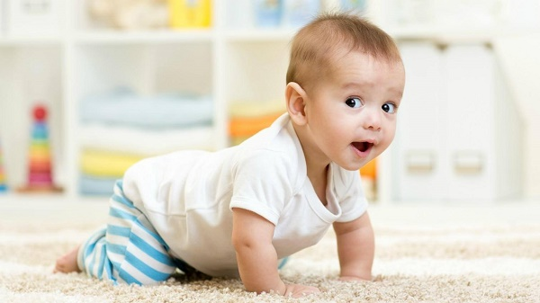 Trẻ sơ sinh uống sữa non sẽ phát triển toàn diện và khỏe mạnh hơn